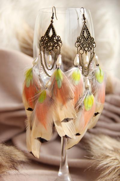 Серьги с перьями «Утро Королевы»